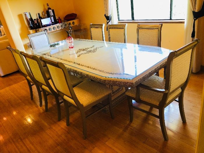 Beautiful Italian Dining Table with 8 Chairs