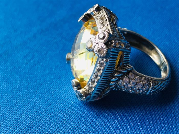 Sterling Silver with topaz