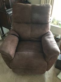 Like new La-Z-Boy power recliner!