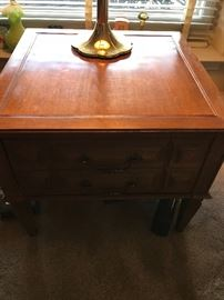Robinson Brothers and one of 2 matching end tables! Sitting atop is a Stiffel lamp in the tulip style!