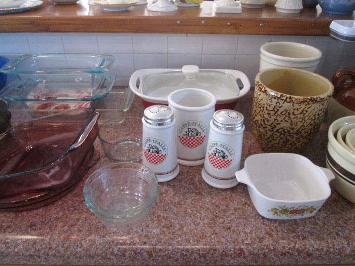 Pyrex Casseroles and Other Kitchen Ware