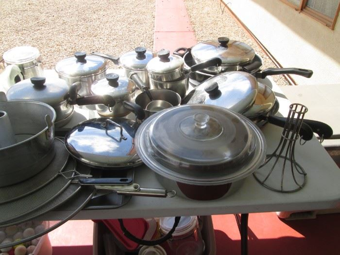 Lots of Cookware!