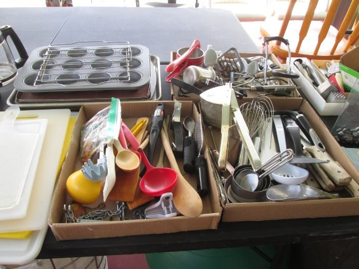 Loads of Cutlery and Kitchen Tools