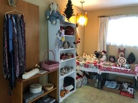 Christmas and Holiday Items, Household items