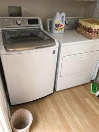Washing machine and Dryer - like new