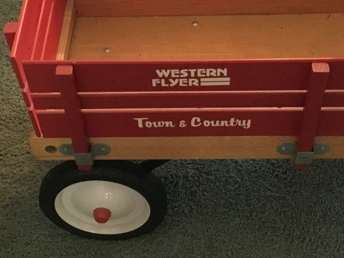 WESTERN FLYER TOWN & COUNTRY WAGON