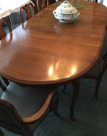 LARGE DINING TABLED