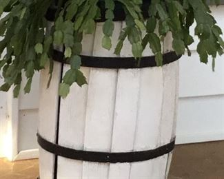 BARREL PLANTER (SEVERAL AVAILABLE