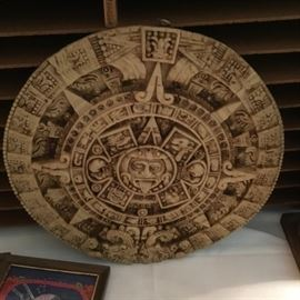 AZTEC SUN DIAL ART/DECOR