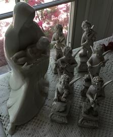 PORCELAIN ANGEL BAND AND MADONNA / CHILD