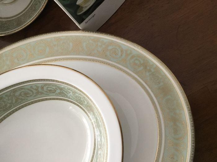 "ROYAL DOULTON ""ENGLISH RENAISSANCE"" 8 PLACE SETTING -8 EACH: Dinner Plate, Salad Plate, B&B, Cup, Saucer.  1 EACH: Vegetable Bowl, Large Platter"