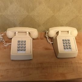 VINTAGE TOUCH TONE PHONE