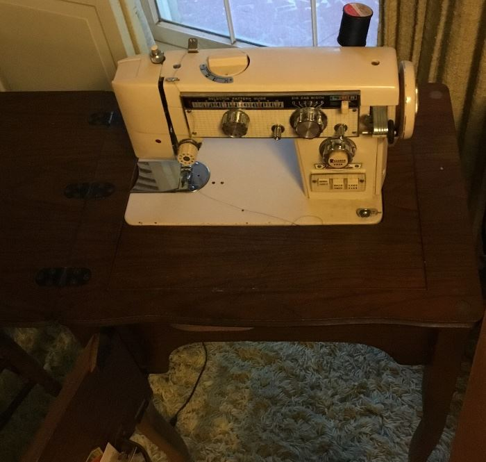 VINTAGE SEWING CABINET AND HAMILTON SEWING MACHINE
