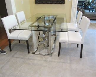 4 CONSTANTINI PIETRO ITALIAN CHAIRS IN WHITE LEATHER  AND GLASS TOP CHROME TABLE. AMAZING SET!