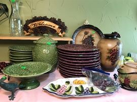 Majolica like Dishware