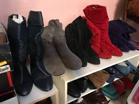 So MANY Shoes and Boots, Some never worn, size 9