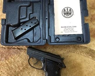 "Baretta ""Tomcat"" model 3032, 32 Auto with case"