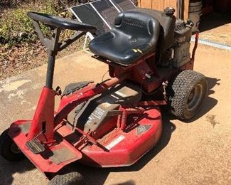 Snapper Mower cranked right up!