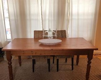 Beautiful English Pine Table!