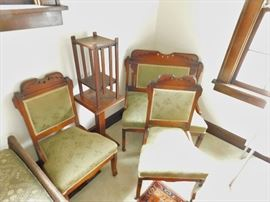 Victorian settee with matching chairs