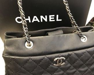"Chanel ""Petit Shopping"" purse"