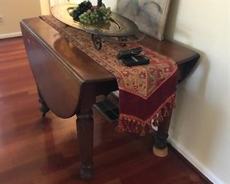 Drop leaf antique table