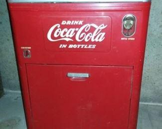 Vintage Coca-Cola Vendo Bottle Machine