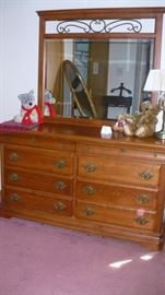dresser and mirror matches chest and king bed