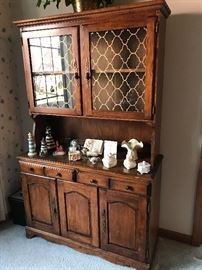 Wood cabinet With glass doors China Lefton Ceramic trinket holders