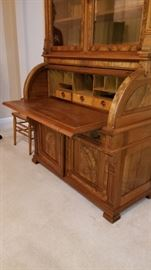 Leather pull out desk area