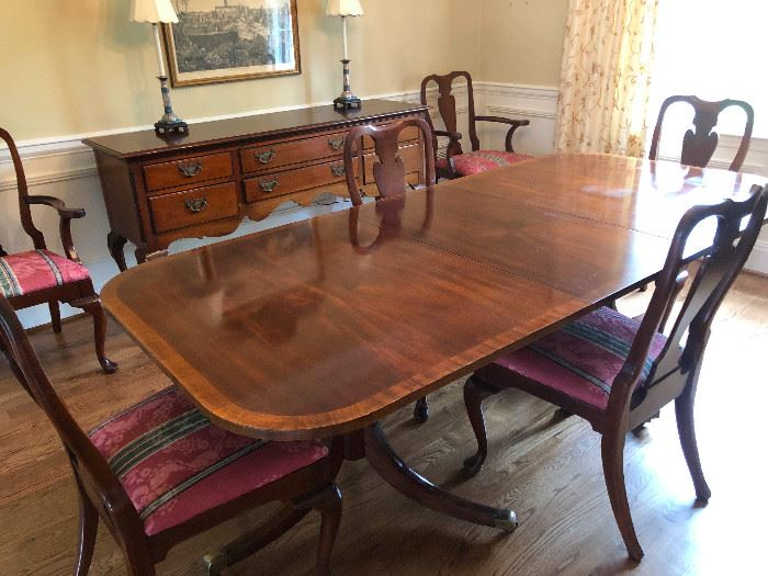 Davis Cabinet Co. cherry wood formal dining set with 6 chairs and 2 leaves