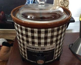 Vintage cool crock pot $50