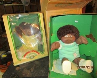 VINTAGE CABBAGE PATCH DOLLS