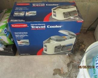 travel cooler/console