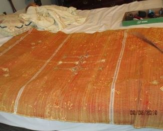 HAND-WOVEN MOROCCO TAPESTRY/THROW