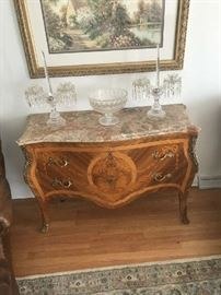 Baker top of the line hall or living room piece, elegant and stately, marble top above and beyond quality