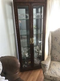 Henredon Curio cabinet, glass shelves, lighted from top down through cabinet