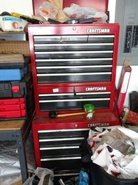 Lots of tools in this large chest.