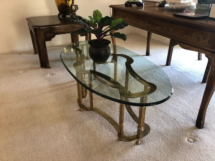 Brass Faux Bamboo Coffee Table oval	16x52x26in	HxWxD