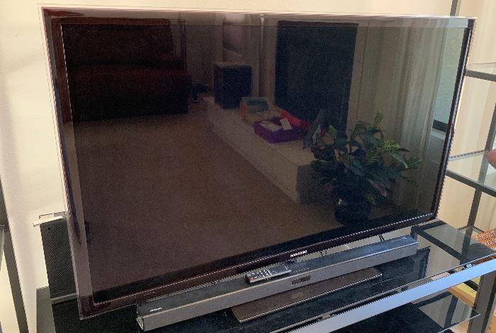 SAMSUNG 55in LED HD Tv UN55D6050TF32.5X50.5INHxWxD