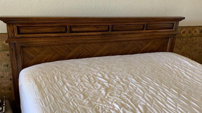 Serta iComfort King Memory Foam Mattress w/ Box spring and headboard (was $2,500.00) 44x83x81in HxWxD