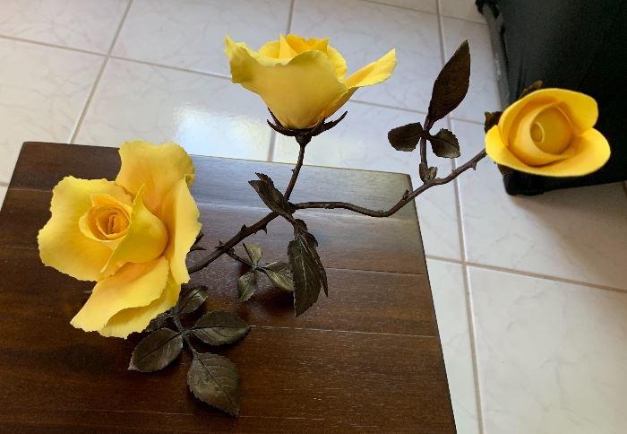 Boehm England Yellow Roses