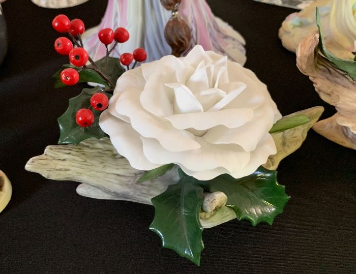 Boehm studios Christmas Rose