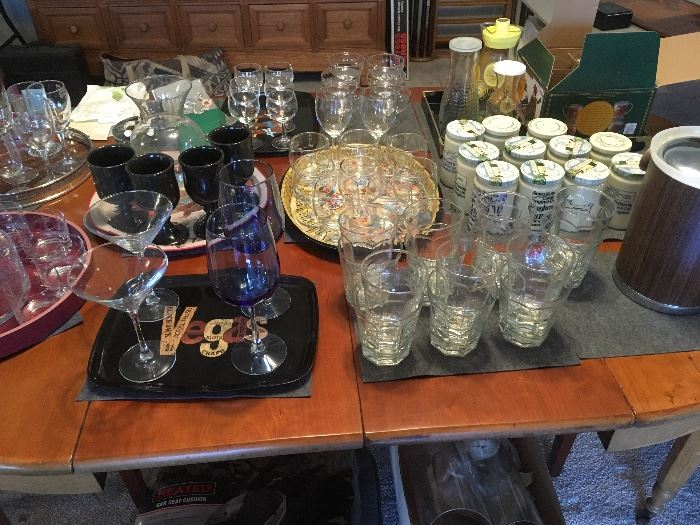 Glasses, glassware and trays