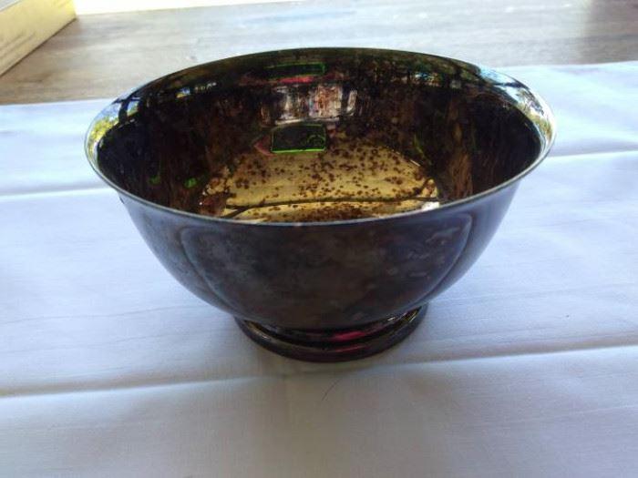 Gorham footed silver plate bowl - WC 778      https://ctbids.com/#!/description/share/132509