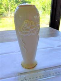 """Vintage Lenox Rose Bloom vase 24Kt trim 7 1/2"""" https://ctbids.com/#!/description/share/132528"""