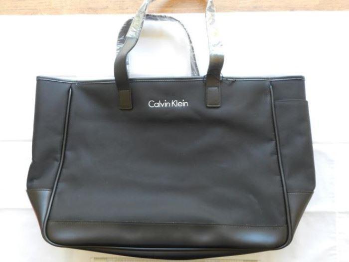 "New Calvin Klein tote bag - black - zipper top - 15 x 12"" https://ctbids.com/#!/description/share/133008"