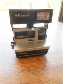 Polariod Sun 600 LMS camera https://ctbids.com/#!/description/share/133024