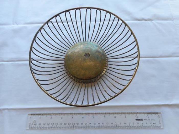 "Vintage Godinger silver plate bread basket 9 1/2"" dia https://ctbids.com/#!/description/share/132554"