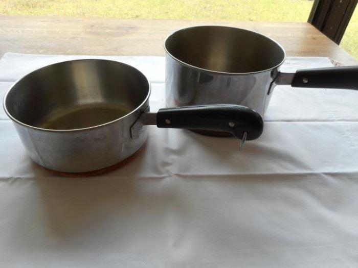 Lot of 2 Revere Ware copper bottom sauce pots https://ctbids.com/#!/description/share/133093
